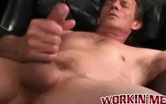 Mature dude strokes huge stiff cock solo mode on his camera