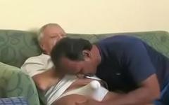 Fazendo um Agrado no Papai