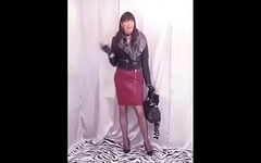 Dana cumming in her dark-red latex pencil skirt   (cpy-101)