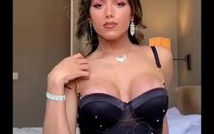 Narizinho trans tirando fotos caseiras